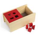 Pudełko z czerwona pokrywką i 4. bryłami