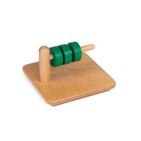 Zielone pierścienie na poziomym kołeczku-8221